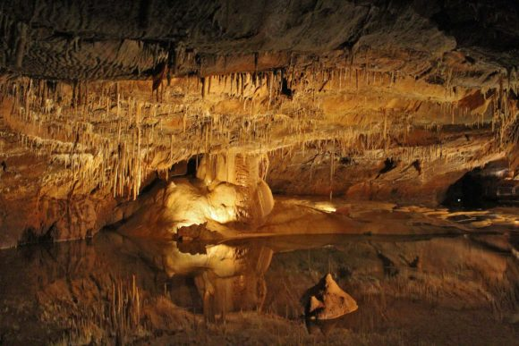 Lacave cave